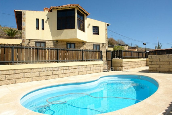 Villa Manantiales with swimming pool, house for celebrations in Tenerife